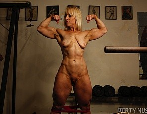 Female bodybuilder Genie poses in the gym for you, showing off the big muscles of her biceps, glutes and legs, and letting you watch her as she works out and gets naked. Genie doesn't stop there however - she also lets you watch as she plays with her body and masturbates. She's so generous!